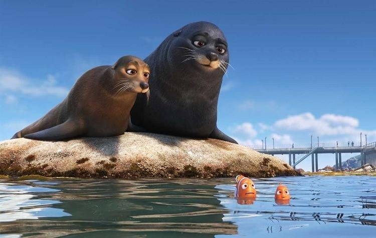 Fluke y Rudder junto a Marlin y Nemo