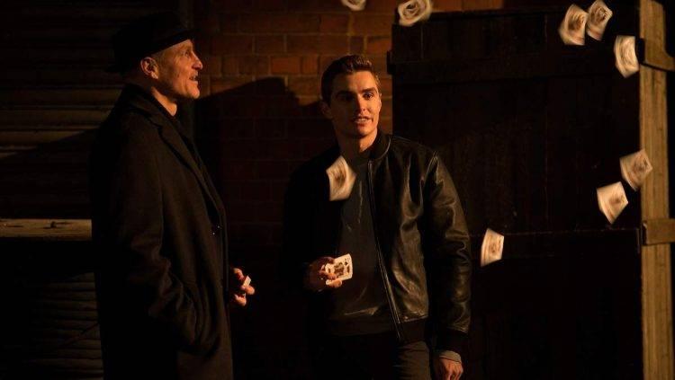 Woody Harrelson junto a Dave Franco en una escena de la película 'Ahora me ves 2'