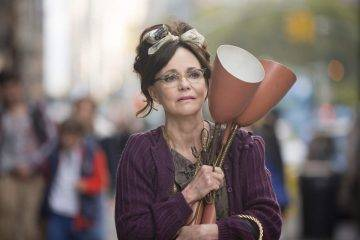 Sally Field es Doris, la protagonista de la película