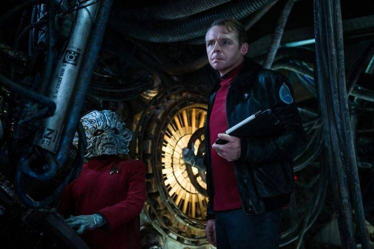 Foto de Keenser (Deep Roy) y Scotty (Simon Pegg)