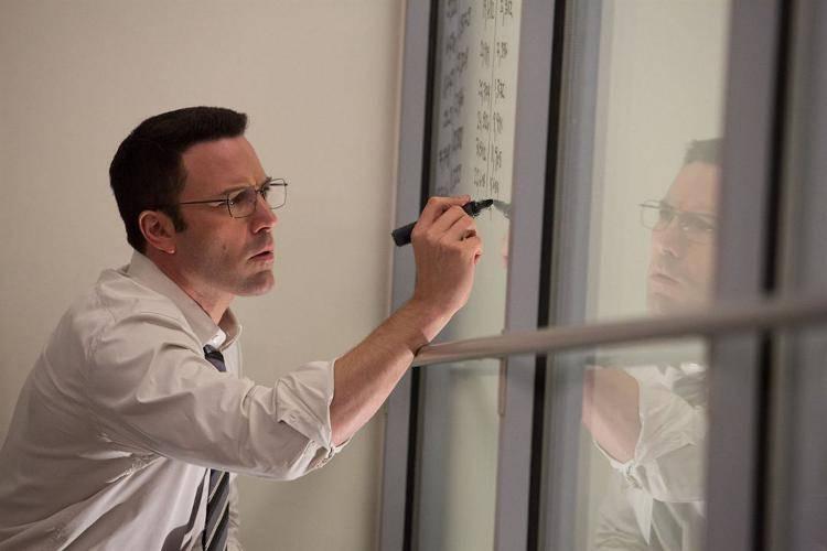 Ben Affleck resolviendo unas complicadas cuentas