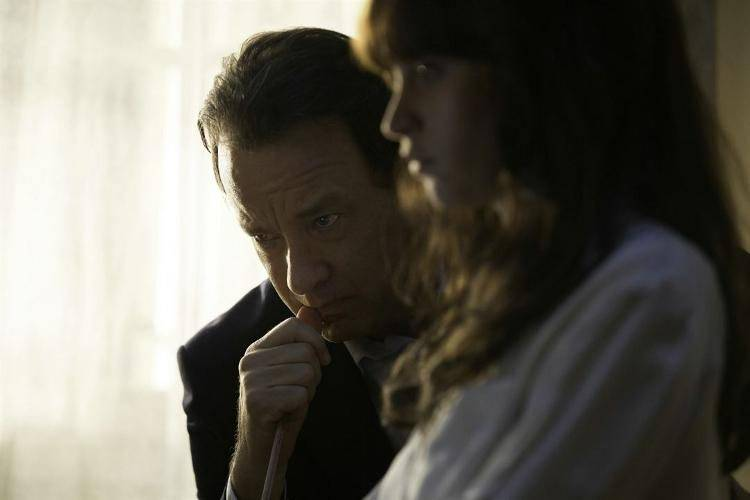 Tom Hanks y Felicity Jones en un fotograma de la película Inferno