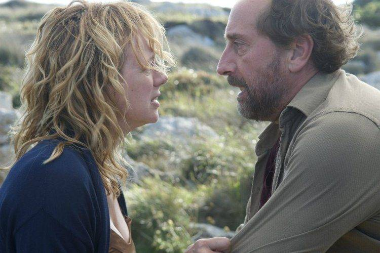 Gonzalo de Castro y Emma Suárez en Las Furias