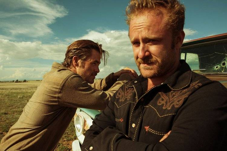 Ben Foster y Chris Pine en una de las pelis del año 'Comanchería'