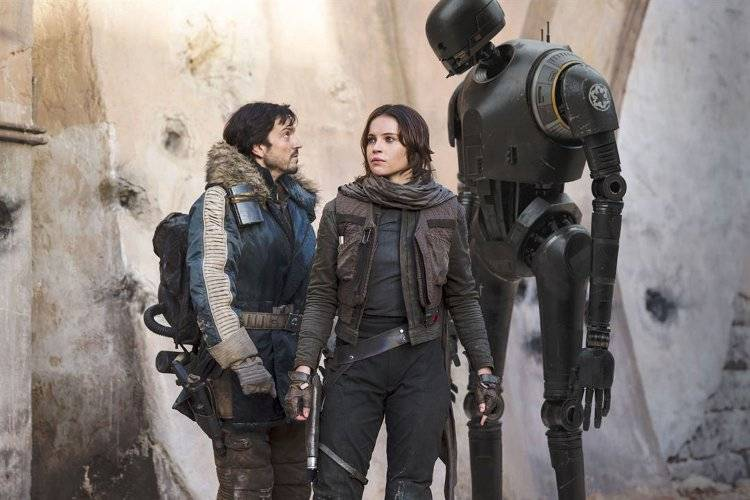 Diego Luna y Felicity Jones en 'Rogue One'