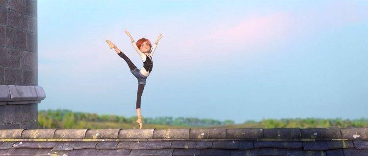 La protagonista de la película Ballerina en una escena