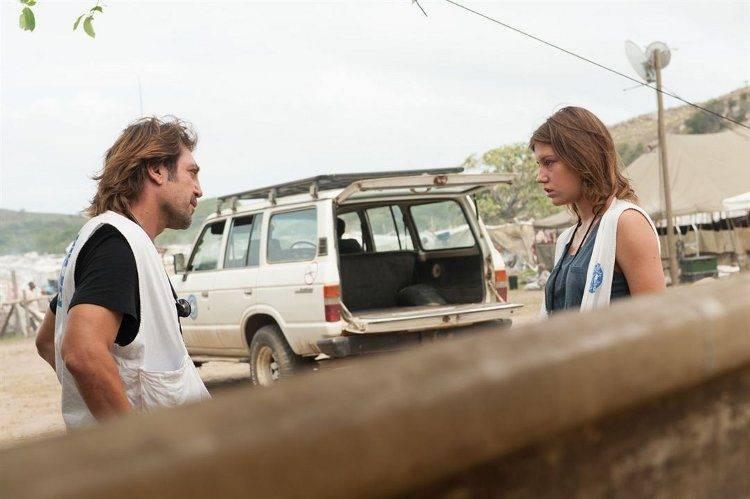 Javier Bardem y Adèle Exarchopoulos son médicos de una ONG