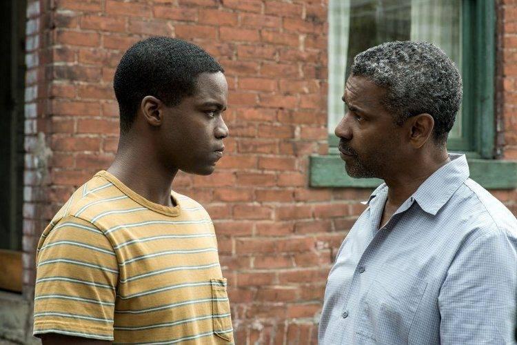 Denzel Washington y Jovan Adepo, en la cinta nominada a los Oscar 2017