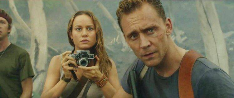 Tom Hiddleston y Brie Larson en Kong: La isla calavera