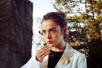 Foto de la actriz protagonista de Crudo Garance Marillier