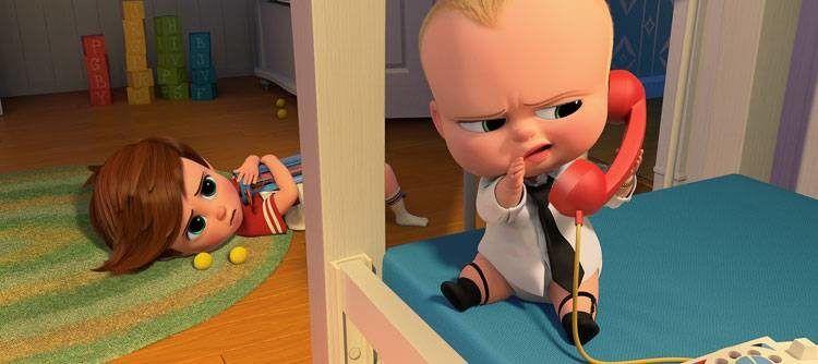 Bebé Jefazo dando órdenes a sus esbirros