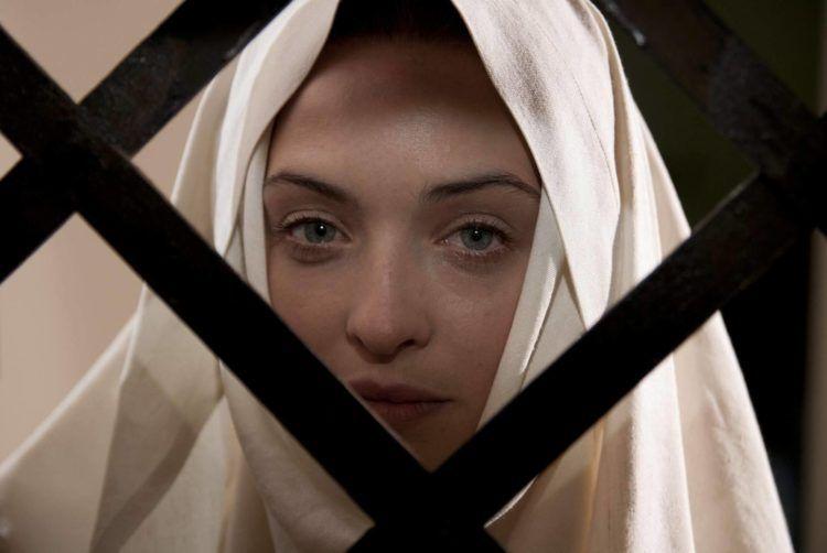 La actriz Melissa Bartolini es Elissa en Maravilloso Boccaccio