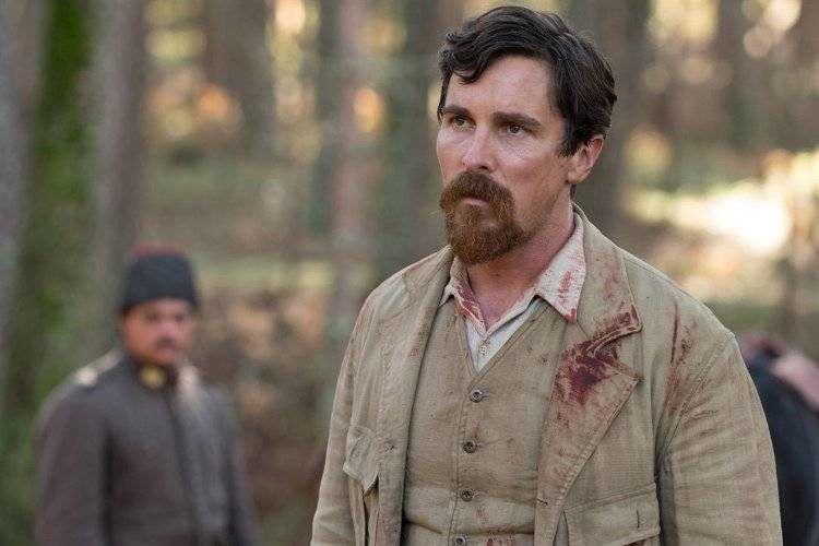 "Christian Bale interpreta al periodista Chris Myers - Película ""La promesa"""