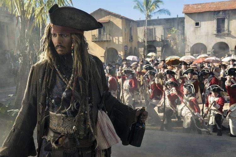 Johnny Depp sigue siendo el Capitán Jack Sparrow
