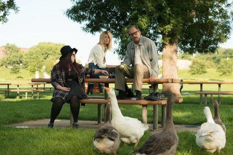 Laura Dern, Woody Harrelson y Isabella Amara, la peculiar familia de Wilson