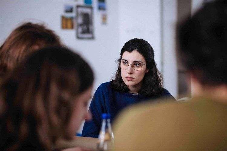 Elena Martín en una escena de la película