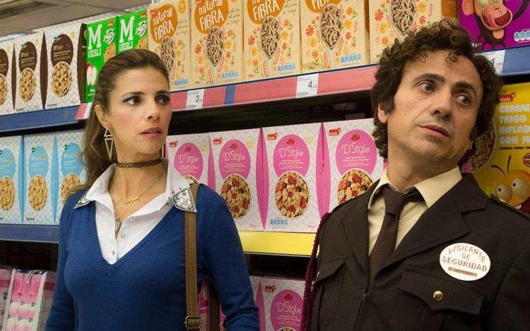 José Mota y Maribel Verdú en una escena de la película