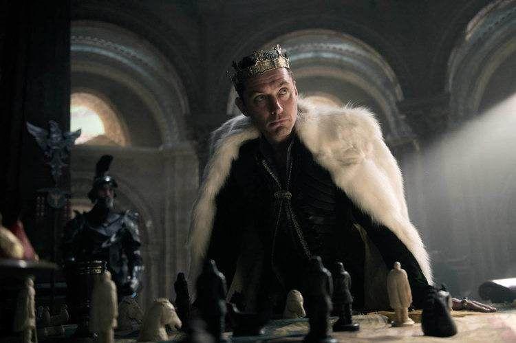"""El actor Jude Law en una imagen de la película """"Rey Arturo: La leyenda de Excalibur"""""""