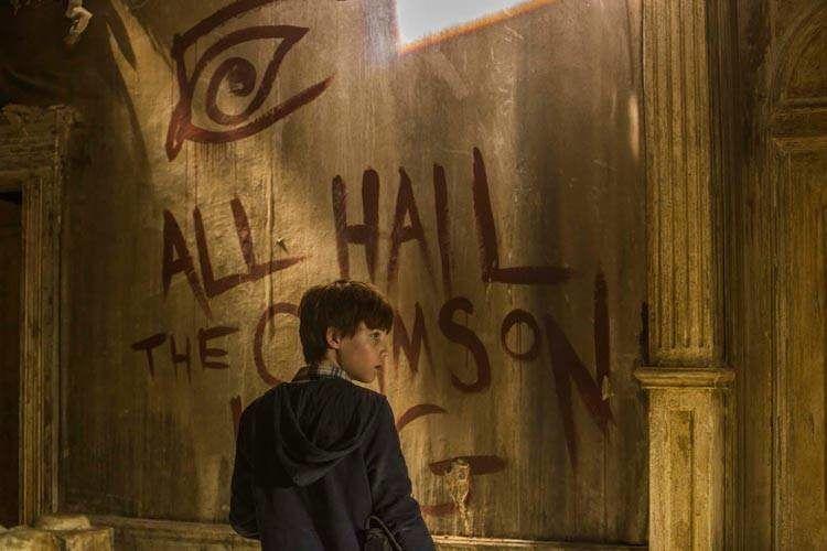 """Tom Taylor en una escena de """"La torre oscura"""""""