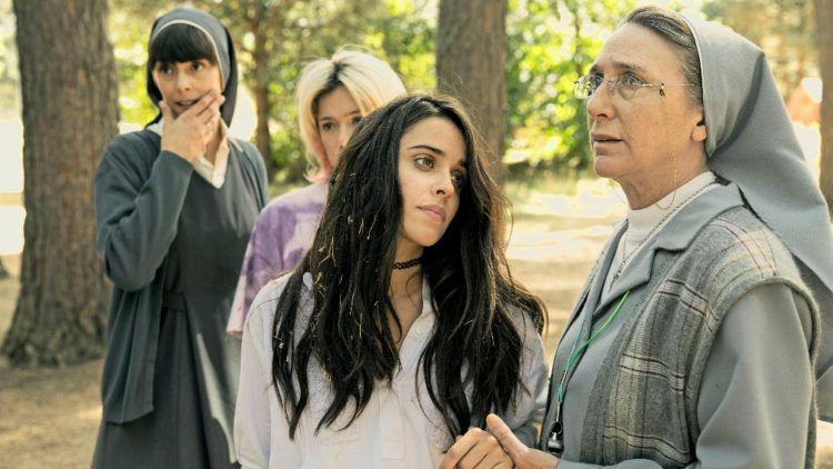 """Macarena García y Gracia Olayo en la """"película La llamada"""""""