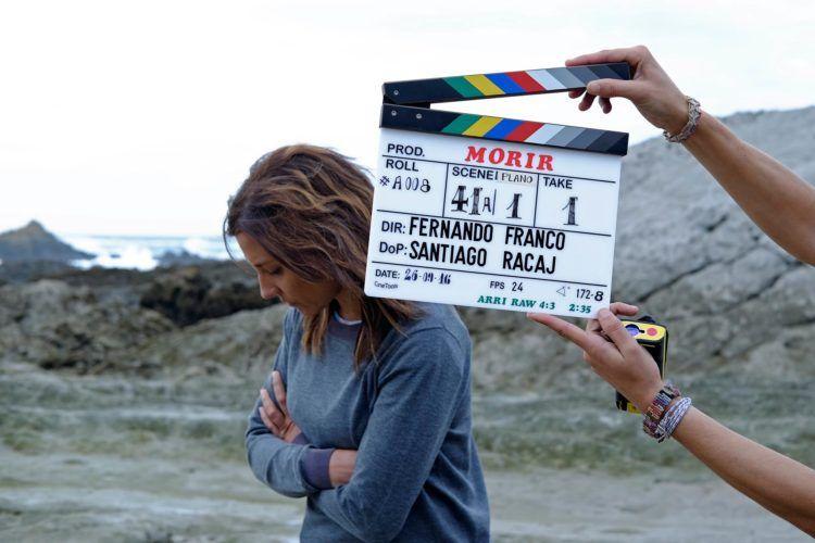 """Foto en el rodaje de la película """"Morir"""" con Marian Álvarez."""