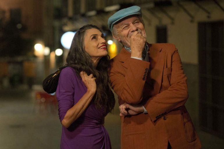 Ángela Molina y Miguel Angel Sola en la película