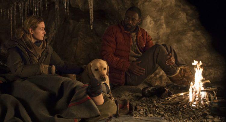 Idris Elba y Kate Winslet en una situación límite