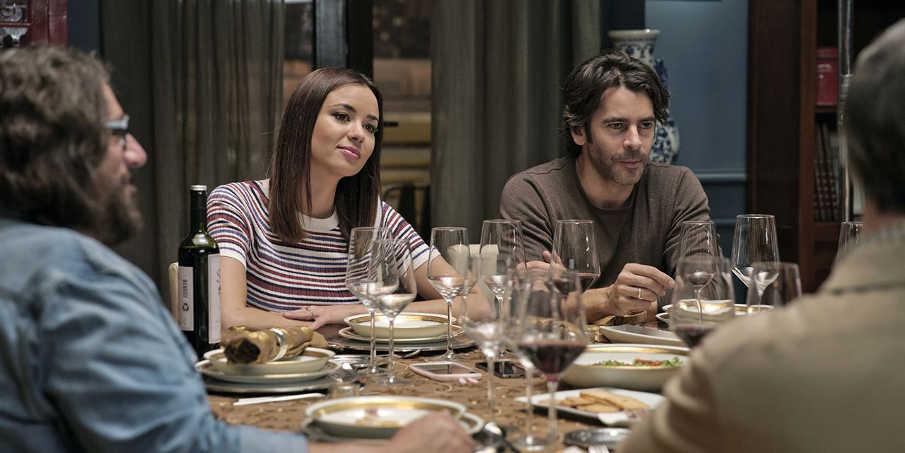Eduardo Noriega y Dafne Fernández son la pareja de tortolitos de la cena