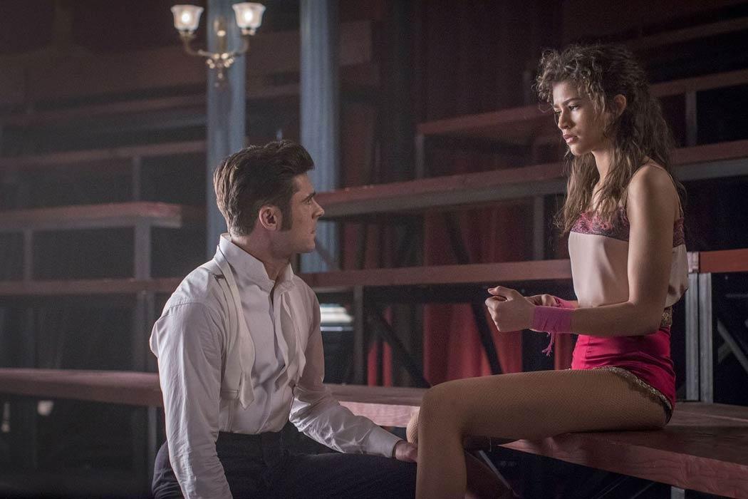 """El actor Zack Efron interpreta a Phillip Carlyle y Zendaya es Anne Wheeler en """"El Gran Showman"""""""