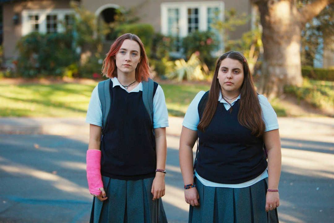 Danielle Macdonald y Saoirse Ronan son las inseparables amigas