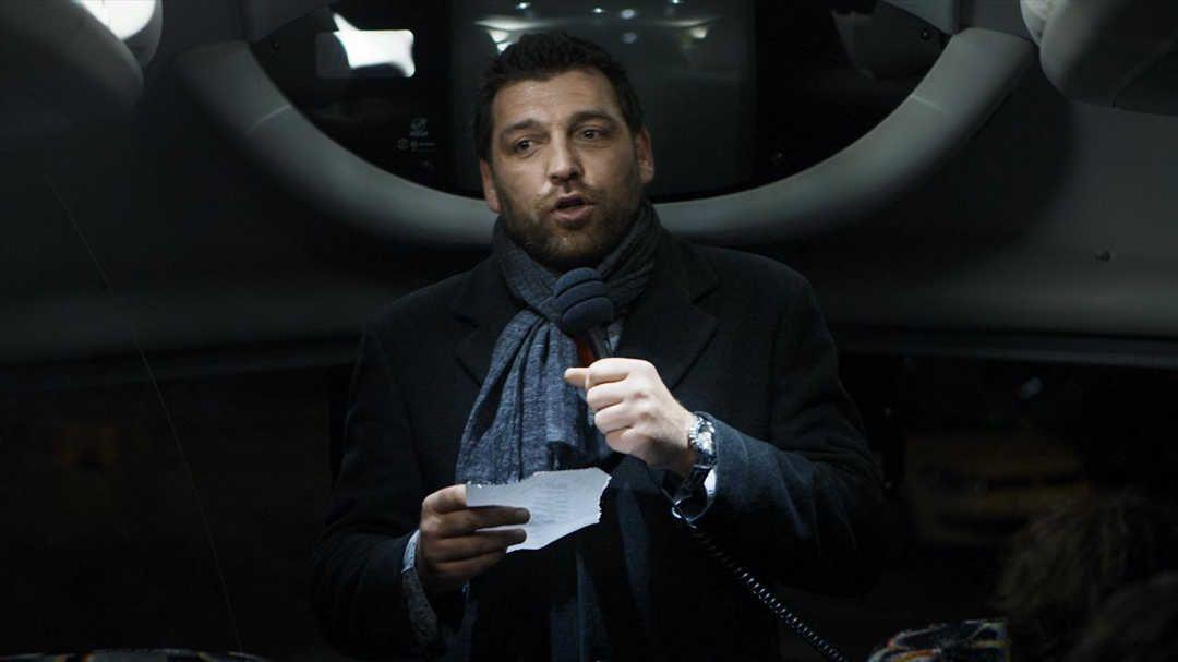 Hovik Keuchkerian en una escena de la película