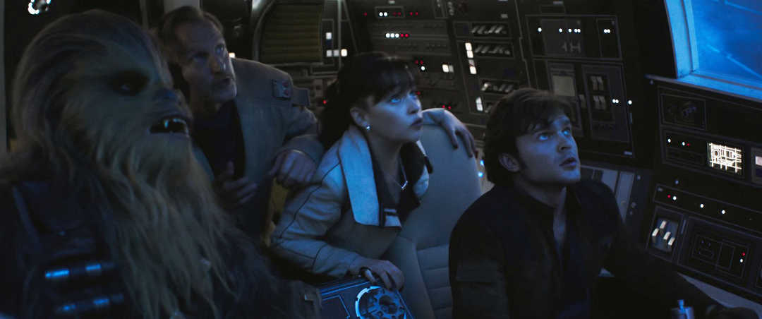 Alden Ehrenreich, Emilia Clarke, Joonas Suotamo y Woody Harrelson