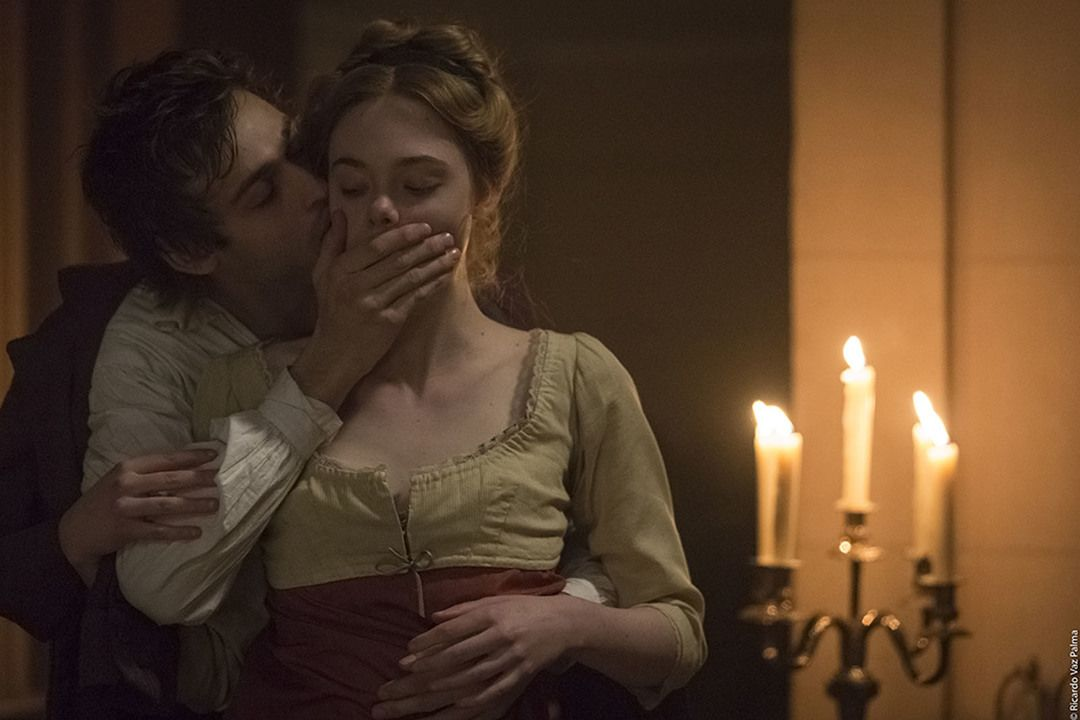 "Douglas Booth y Elle Fanning en ""Mary Shelley"" - Crítica de la película ""Mary Shelley"""