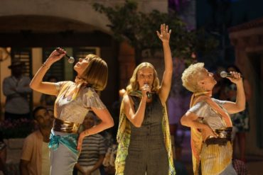 Amanda Seyfried, Christine Baranski y Julie Walters en Mamma Mia! Una y otra vez