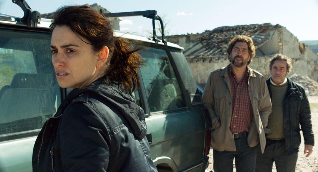 Eduard Fernández, Javier Bardem y Penélope Cruz en la película