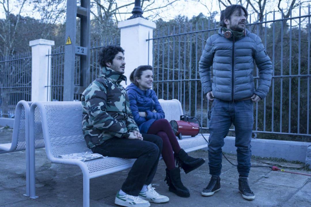 Adriana Ugarte, Chino Darín y Oriol Paulo durante el rodaje