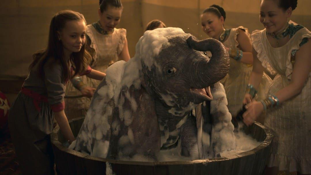 Estamos ante el Dumbo ideado por Tim Burton
