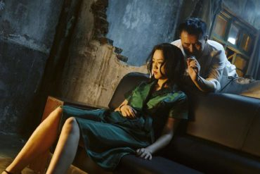 Jue Huang and Wei Tang en Largo Viaje Hacia La Noche (Película 2019)