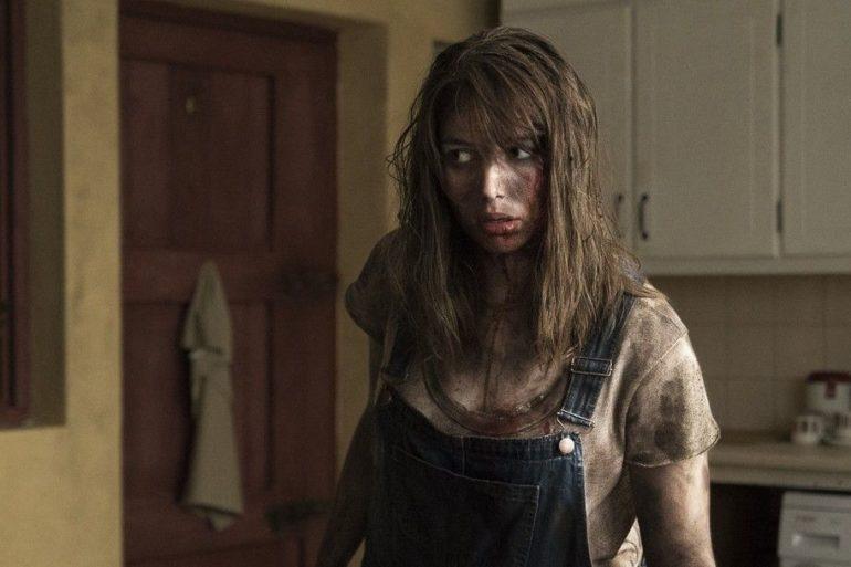 Seana Kerslake en la película Bosque maldito