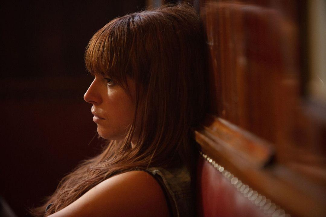 Jessie Buckley en la película WILD ROSE (Crítica de cine)