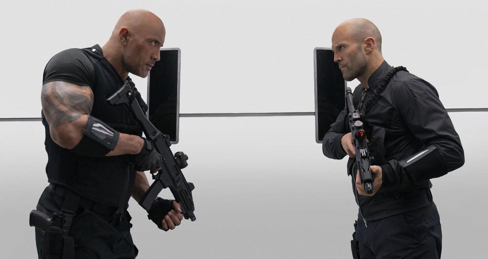 Jason Statham y Dwayne Johnson en la película (Crítica Fast and Furious: Hobbs y Shaw)