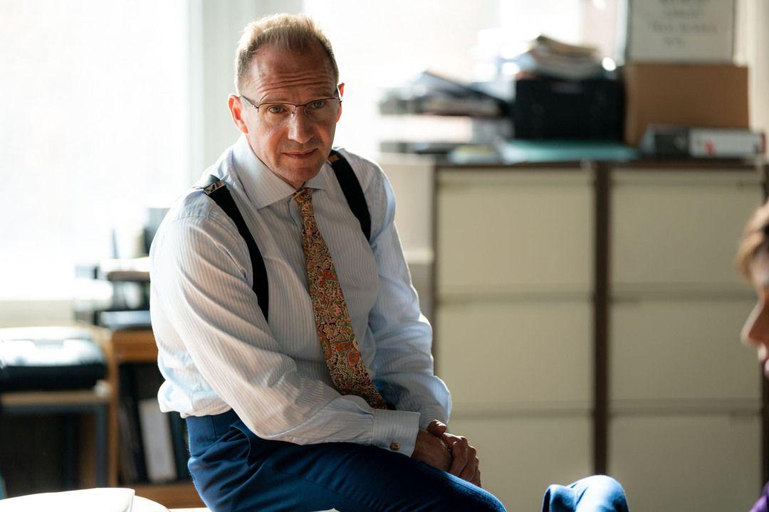 Ralph Fiennes en la película Secretos de Estado
