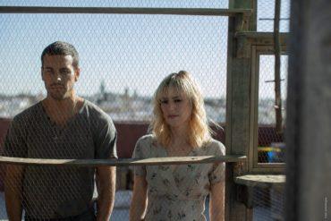 Mario Casas y Natalia de Molina en la película