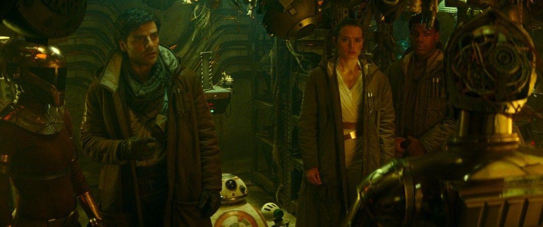 Oscar Isaac, Daisy Ridley y Anthony Daniels en esta novena entrega