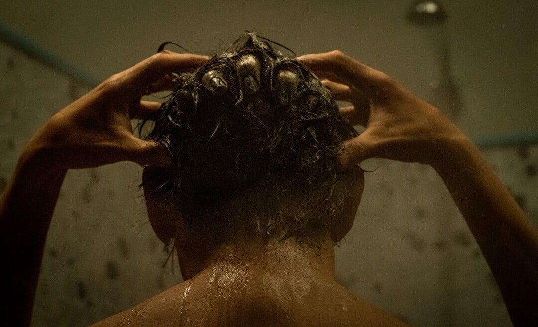 Escena de la película de La Maldición (2020)