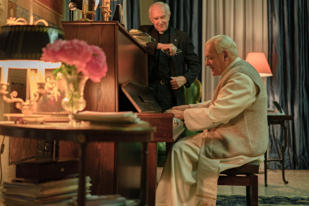 Anthony Hopkins y Jonathan Pryce son los protagonistas