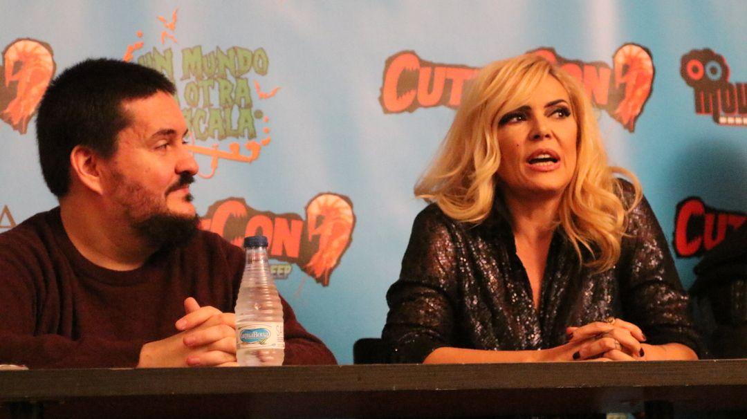 Carlos Palencia y Silvia Superstar en la rueda de prensa