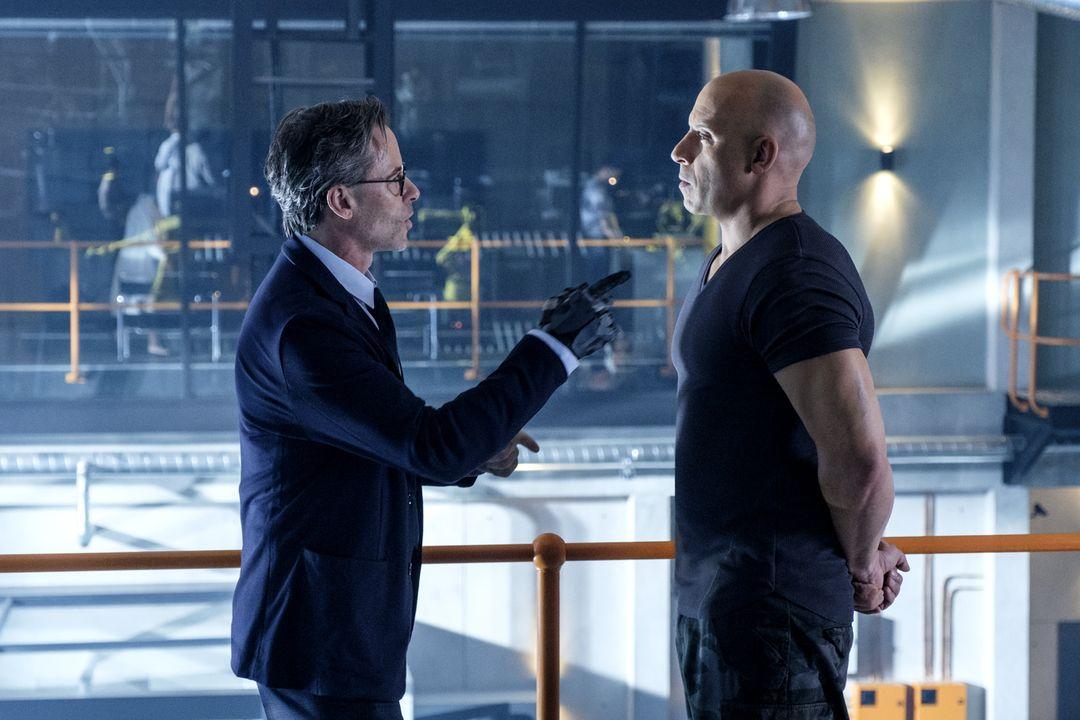 Guy Pearce y Vin Diesel en la película