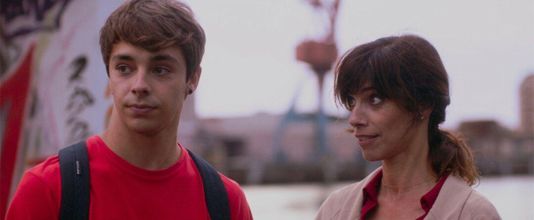 Maribel Verdú y Germán Alcanzaru en la película