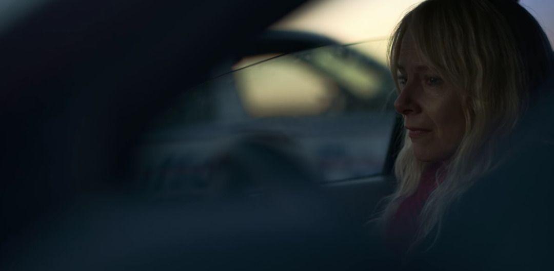 Amy Ryan en la película Chicas perdidas
